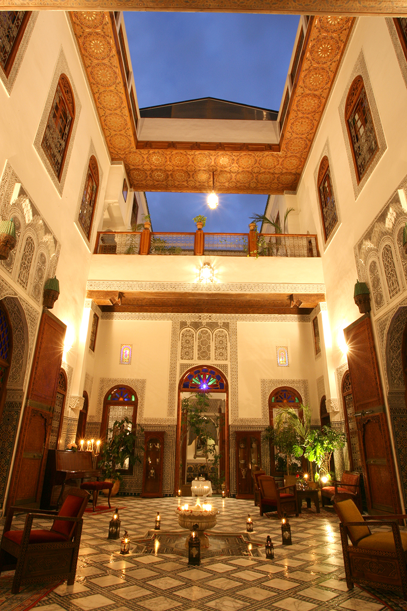 furnished and operated riad 800m2 batha medina.