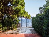 Beach front house for sale in Athens